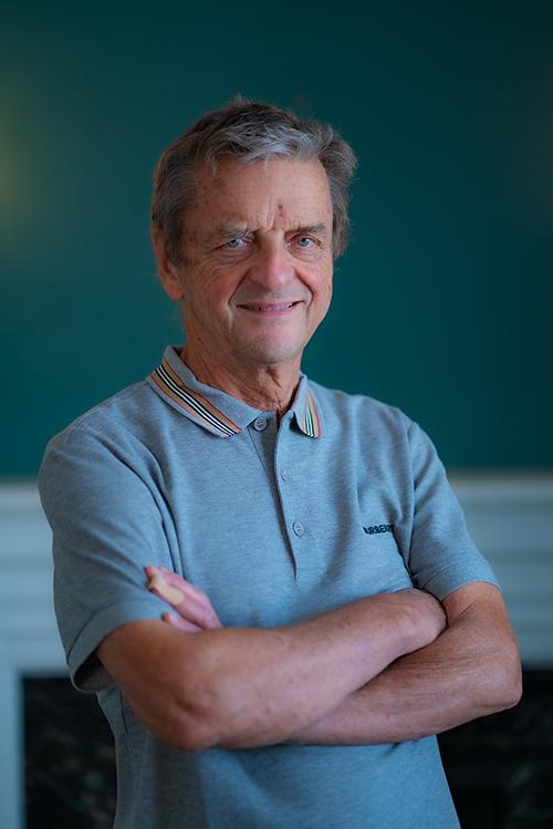 David Thexton